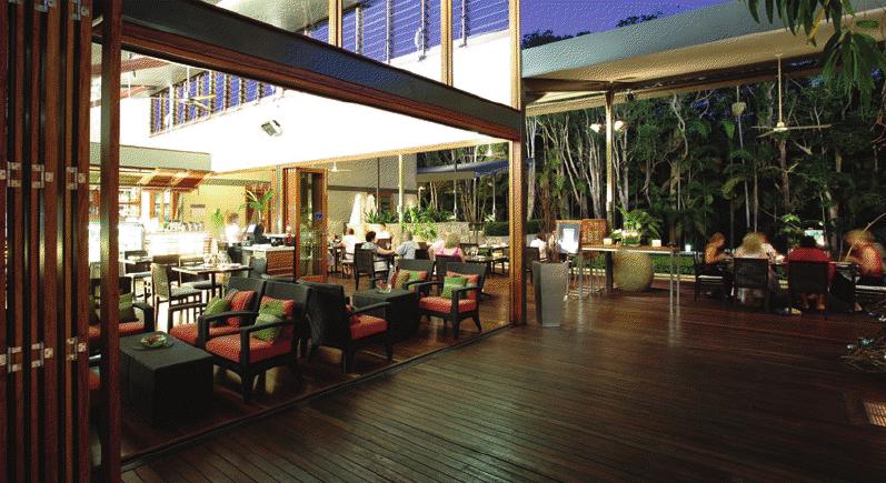 Restaurant Exterior Folding Doors